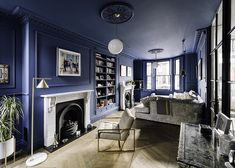 Blue room Photography: Gautier Houba Zinc Cladding, Kitchen Diner Extension, Window Photography, Cosy Room, Blue Rooms, Glass Roof, Bedroom Loft, Small Rooms, Side Return