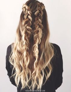 Looks great as is, but the best part is that there are 3 simple hairstyles that can be done using these 2 simple dutch braids! Click through for the tutorials.