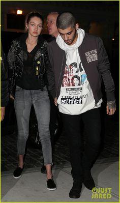 Zayn Malik & Gigi Hadid Hold Hands for NYC Date Night!