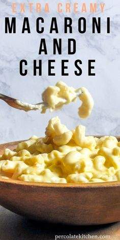 This creamy, dreamy homemade macaroni and cheese only takes about 15 minutes to throw together! Yummy Pasta Recipes, Cheesy Recipes, Noodle Recipes, Curry Recipes, Cheese Dishes, Food Dishes, Side Dishes Easy, Side Dish Recipes, Easy Weeknight Meals