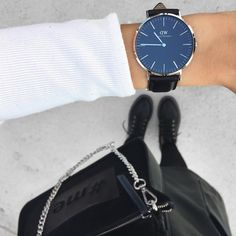 get 15% off when you used my code CAMILLE_DW on www.danielwellington.com || black face watch