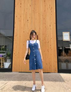 34 trendy fashion street asian outfit fashion 31 style fashion looks for starting your winter Modest Fashion, Trendy Fashion, Girl Fashion, Fashion Dresses, Fashion Ideas, Ulzzang Fashion Summer, Korean Street Fashion Summer, Korean Outfit Summer, Korean Street Styles