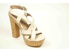 Vince Camuto Womens Size: 10