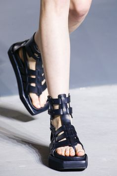 Rick Owens Spring 2016 Ready-to-Wear Collection - Vogue Sock Shoes, Shoe b4944a6e7ee