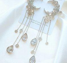 Tiffani Roolia Please don't reload, Diy Abschnitt, Ear Jewelry, Cute Jewelry, Jewelry Accessories, Fashion Accessories, Jewelry Design, Cute Earrings, Beautiful Earrings, Fashion Earrings, Fashion Jewelry