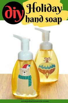 DIY Foaming Hand Soap Recipe with Essential Oils for the Holidays (Easy DIY Teacher Gifts) - DIY Holiday Gifts for Family, Friends, Teachers & Coworkers: Easy DIY Peppermint Foaming Hand Soap. Diy Holiday Gifts, Teacher Christmas Gifts, Teacher Gifts, Diy Gifts, Winter Holiday, Christmas Holiday, Holiday News, Mousse, Homemade Soap Recipes