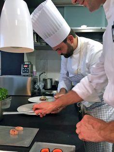 """Carne de Kobe A5 con lechuga marina y caviar"" by Enrico Croatti.  #Orobianco #OrobiancoCalpe #RestauranteOrobianco #Calpe #Ristorante #ComidaItaliana #Gastronomía #RestauranteItaliano #RestauranteCalpe #EnricoCroatti #ComerenCalpe #RestaurantesCalpe"