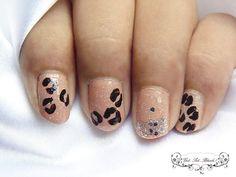 Animal Print Shimmery Nude Nails #nude #polish #nailart #nails - bellashoot.com