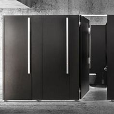 Kemmlit cubicle systems have been recognised as some of the most creative and innovative in both design and aesthetics. Office Bathroom, Bathroom Toilets, Bathroom Interior, Cubicle Design, Toilet Cubicle, Toilette Design, Back Painted Glass, Black Toilet, Restroom Design