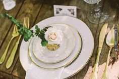 woodsy table setting ideas | CHECK OUT MORE IDEAS AT WEDDINGPINS.NET | #wedding