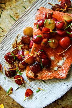 Balsamic Roasted Salmon with Honey Glazed Cherries - Heather Christo Trout Recipes, Onion Recipes, Salmon Recipes, Mushroom Recipes, Balsamic Glaze Recipes, Balsamic Chicken Recipes, Recipe Chicken, Seafood Dishes, Seafood Recipes