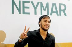 Barcelona - FC Barcelona forward Neymar has won the prestigious Samba Gold accolade, awarded to the best Brazilian player in European football.  The 22-year-old received the majority of the votes from the judging panel, made up of 11 former Brazilian players and 11 journalists, reports marca.com Friday. - See more at: http://www.2mygame.com/news-The-Best-Brazilian-player-in-European-football-Neymar_225.html