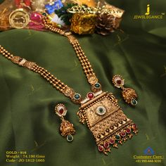 Behold your beauty with traditional jewellery! Get in touch with us on Antique Jewellery Designs, Gold Jewellery Design, Antique Jewelry, Antique Gold, Gold Jhumka Earrings, Gold Necklace, Necklace Set, Bride Necklace, Gold Mangalsutra Designs