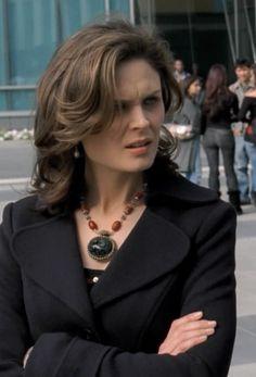 Gizli Leylak: Bones ve Dr. Temperence Brennan'ın Takıları...