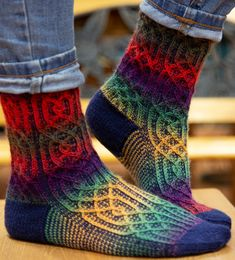 """Gothix"" Slip Stitch Sock < Free pattern from Knitty / k.c ""Gothix"" Slip Stitch Sock < Free pattern from Knitty. Knitting Patterns Free, Free Knitting, Summer Knitting, Lots Of Socks, Online Yarn Store, Knitting Socks, Knit Socks, Cozy Socks, Lang Yarns"