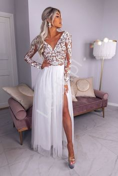Anna Fashion and Beauty Adele, Camilla, Bohemian, Dresses With Sleeves, Calvin Klein, Formal Dresses, Elegant, Beauty, Long Sleeve