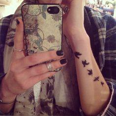 Small birds wrist tattoo