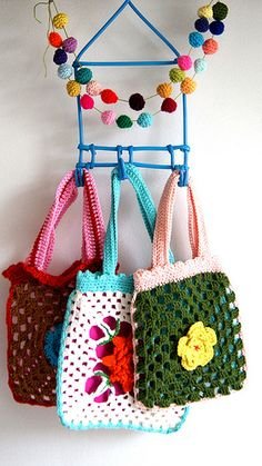 little crochet bags