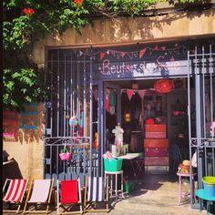 Front shop ©  Bouton de Soie | kidstore - Lourmarin, FRANCE