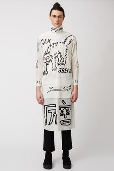 A look from Chinese menswear designer Sankuanz's Rave New World collection.He utilized the Chinese character as his design elements.This collection got much attention back in 2010.