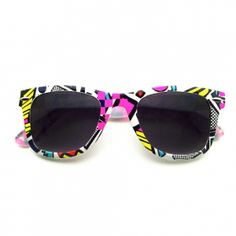 Awesome Retro 80'S Graffiti Party Print Color Wayfarer Sunglasses. Description Measurements Shipments     Cool retro graffiti graphis popular during the early 80s and 90s. A must have for anyone reminiscent of trapper keepers and 90's sitcoms.Unique and fun these sunglasses truly inspire a colorful summer party.This item featuresmetalhinges; stylish nose piece and polycarbonate 100% UVhigh impact-resistantprotected lenses.Make a Statementin these shades!    Lens Width: 50mmNose…