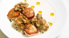 Intro to Intro's new menu from Stephen Gillanders. Chicago Tribune's Phil Vettel reports. Here: Sea scallops with brown-butter dashi and maitake mushrooms