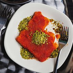 Knafeh (Syrup-Soaked Cheese Pastry) by Saveur. In this recipe, kataif, a bird's nest-like phyllo dough, is layered with fresh cheese and doused in amber-hued syrup. Recipes With Beef And Vegetables, Vegetable Recipes, Sorbet, Pastry Recipes, Cooking Recipes, Cheese Recipes, Crockpot Recipes, Tiramisu, Donuts