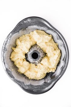 Mary Berry's Lemon Drizzle Cake with a distinctive crunchy lemon glaze. You only need a few basic ingredients and 35 minutes to bake this lovely bundt cake. #easy #recipe #maryberry #cake #bundt #tea #coffeecake #lemon #glazed #iced #best #moist #fromscratch #homemade #easter #mothersday #spring #citrus Mary Berry Lemon Drizzle Cake, Lemon Layer Cakes, Lemon Desserts, Easter Brunch, Tea Cakes, Coffee Cake, A Food, Food Processor Recipes, Cake Recipes