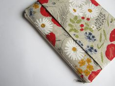 Poppies MacBook 13 sleeve with pockets MacBook Pro 13 by CasesLab