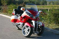 "Lazareth Auto Moto apresenta uma Honda 1800 Goldwing tipo ""MP3"" - MotoNews - Andar de Moto"