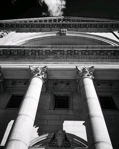 #montrealjetaime #montrealcity #montreal #blackandwhitephotography #bnw_mtl #bnw_captures #architecturephoto #instaarchitecture #lookuparchitecture #photooftheday Architecture Photo, Looking Up, Black And White Photography, Montreal, City, Je T'aime, Black White Photography, City Drawing, Cities