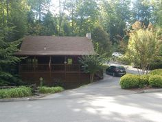 front view - Pigeon Forge cabin rental