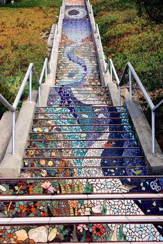 Grand View Park, San Francisco  mosaic tiled stairs