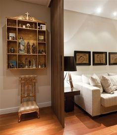 Confiram alguns modelos de oratórios que vão deixar a decoração de casas e apartamentos mais harmoniosa e cheia de paz.