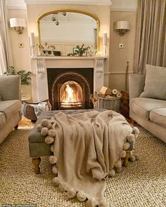 Cottage Living Rooms, New Living Room, Home And Living, Living Room Decor, Small Living Rooms, Interior Design Living Room, Living Room Designs, Bedroom Designs, Lounge Decor