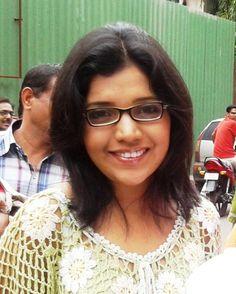 Mukta Barve Latest Stills India People, Actresses, Glass, Fashion, Female Actresses, Moda, Drinkware, Fashion Styles, Corning Glass