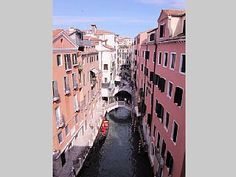 A Unique Romantic Place In Venice!   Vacation Rental in Dorsoduro from @homeaway! #vacation #rental #travel #homeaway