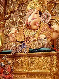 Dagdusheth Ganpati, Ganpati Bappa, Shree Ganesh, Lord Ganesha, Indian Gods, Durga, Qoutes, Teddy Bear, Slogan