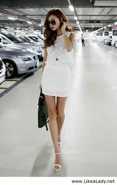 All white style with black bag