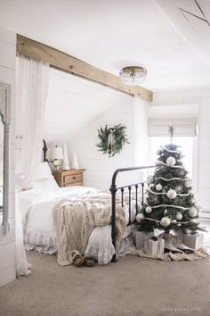 """A simple, cozy bedroom decorated for Christmas with a """"vintage winter wonderland"""" theme bedroom Vintage Winter Bedroom - Love Grows Wild Farmhouse Christmas Decor, Cozy Christmas, Christmas Bedroom Decorations, Christmas Entryway, Cottage Christmas, Black Christmas, Christmas Music, Christmas Movies, Christmas Ideas"""
