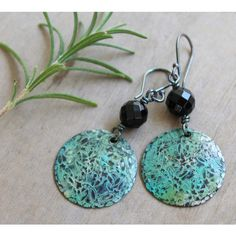 Boho earrings Bohemian earrings Green earrings Natural stone earrings... ($24) ❤ liked on Polyvore featuring jewelry, earrings, silver earrings, hammered copper earrings, oxidized earrings, hammered earrings and boho jewellery