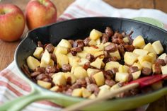 This breakfast skillet recipe has become a favorite in our house.You need to… paleo breakfast skillet Apple Breakfast, Breakfast Skillet, Sausage Breakfast, Breakfast Recipes, Breakfast Ideas, Free Breakfast, Clean Breakfast, Savory Breakfast, Vegetarian Breakfast