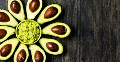 Avocados are one of the best ketogenic foods! They are loaded with heart healthy fats, fiber, vitamins, and minerals. In fact, avocados are one of the best sources of potassium which is an important electrolyte mineral for those on a keto diet. Carbs In Avocado, Fresh Avocado, Healthy Foods To Eat, Healthy Fats, Healthy Recipes, Healthiest Foods, How To Store Avocado, Avocado Health Benefits, Avocado Nutrition