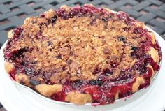 nothing better than fresh mixed berry pie with a crumble topping......