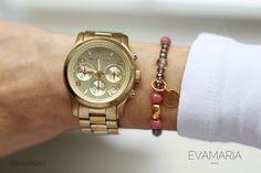 Armbänder - Armband mit Glas Perlen und vergoldetem Anhänger - ein Designerstück von evamariajewelry bei DaWanda