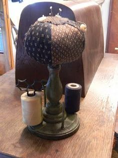 Notforgotten Farm: ~ primitive sewing stand ~
