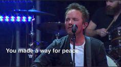 Chris Tomlin - White Flag - Passion 2012 http://youtu.be/C7b_bXG0czo?t=59s