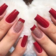 In LoveA 😍. Primeiro de tudo, clique duas vezes na tela para me ajudar 😋❤ . - My Style - Unhas Chic Nails, Stylish Nails, Trendy Nails, Swag Nails, Red Acrylic Nails, Gel Nails, Manicures, Red Sparkle Nails, Bride Nails