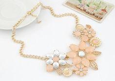 Romantic necklace with flowers Exalia Jewels