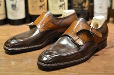 Saint Crispin's special MTO: double buckle buckle monk on chiseled last with croc strap GT Best Shoes For Men, Men S Shoes, Your Shoes, Saint Crispin, Best Looking Shoes, Gentleman Shoes, Double Monk Strap, Shoe Manufacturers, Monk Strap Shoes